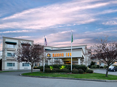 BEST WESTERN PLUS Edmonds Harbor Inn