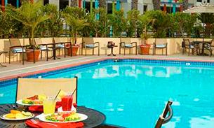 ダブルツリー スイーツ  バイ ヒルトン ホテル サンタ モニカ