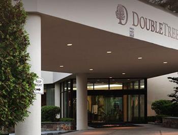 ダブルツリー バイ ヒルトン ホテル ボストン - ベッドフォード グレン