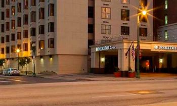 ダブルツリー バイ ヒルトン ホテル メンフィス ダウンタウン