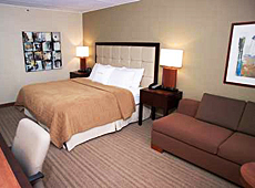 ダブルツリー バイ ヒルトン ホテル セントルイス ー ウェストポート