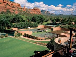 エンチャントメント リゾート テニスコート
