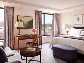 フォー シーズンズ ホテル ワシントン ベッドルーム