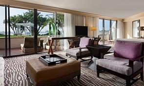 ヒルトン サンディエゴ リゾート & スパ リビングの一例