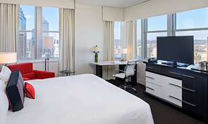ロウズ フィラデルフィア ホテル ベッドルーム