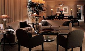 ロウズ フィラデルフィア ホテル リビイング