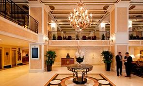 ミレニアム ニッカーボッカー ホテル シカゴ