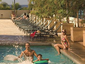 パシフィック ビーチ ホテル プール