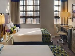 パロマー フィラデルフィア ア キンプトン ホテル ベッドルーム