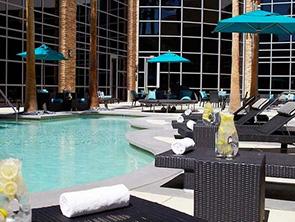 ルネッサンス ラスベガス ホテル プール