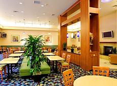 レジデンス イン サンディエゴ ミッション バレー レストラン