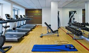 シェラトン フィラデルフィア ユニバーシティ シティ ホテル トレーニングジム