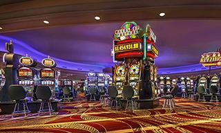 ストラトスフィアー ホテル カジノ & タワー BW プレミア コレクション レストラン