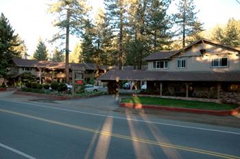 The_Lodge_At_Lake_Tahoe-00