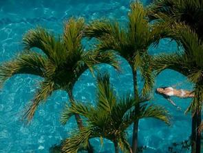 ワイキキ ビーチ マリオット リゾート & スパのプール