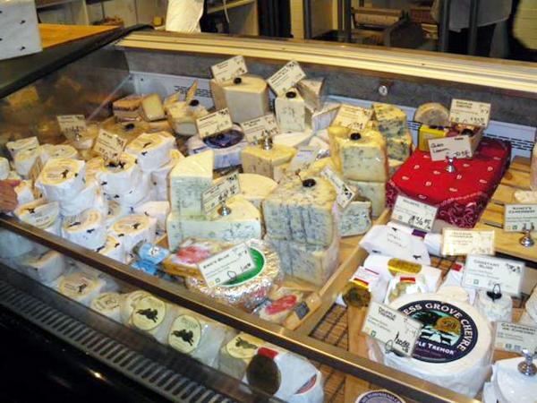 カリフォルニアワインカントリーの旅 コンテ、パルミジャーノといった大型チーズ