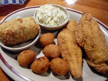 お腹いっぱい南部料理をいただきました