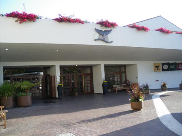 カリフォルニアワインカントリーの旅 Portola Plaza Hotel Monterey