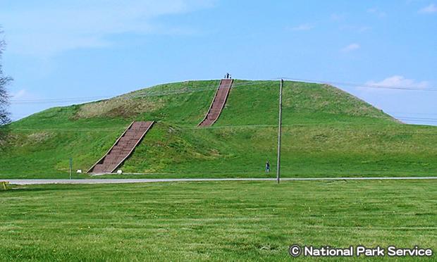 カホキア墳丘群州立史跡 Cahokia Mounds State Historic Site