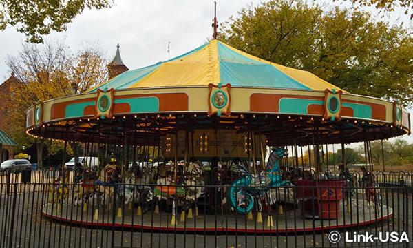ナショナル・モールの回転木馬 Carousel on the Mall