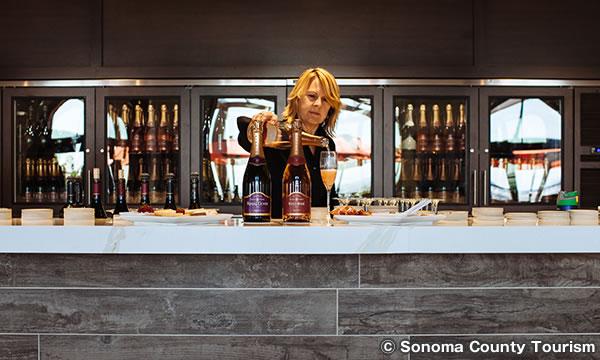 グローリア フェラー ケイブス & ビンヤーズ Gloria Ferrer Caves & Vineyards