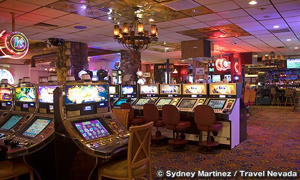 ホテルネバダ & ギャンブリングホール Hotel Nevada & Gambling Hall