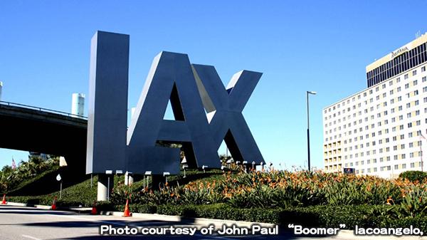 ロサンゼルス国際空港に自動入国審査端末を導入