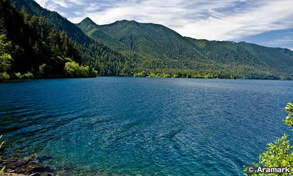 クレセント湖