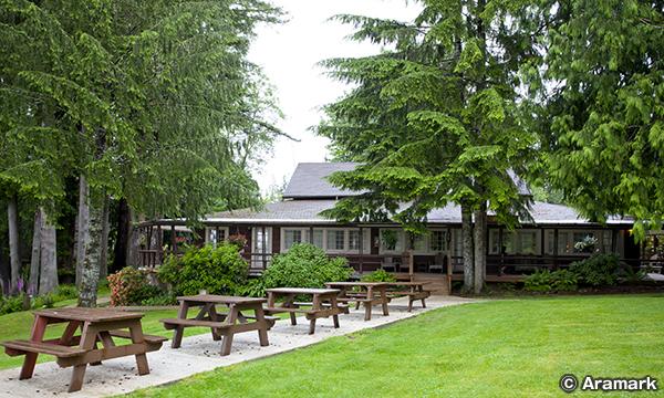 レイク クィノルト ロッジ Lake Quinault Lodge