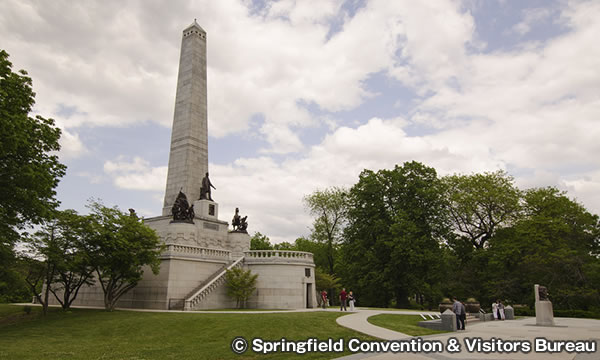 リンカーン墓州立史跡 Lincoln Tomb State Historic Site