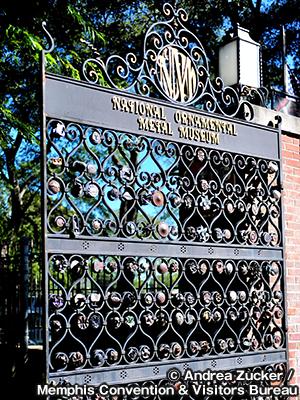 メタルミュージアム 10周年記念ゲート 10th ANNIVERSARY GATES