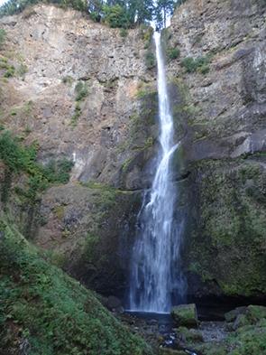 マルトノマ滝 Multnomah Falls