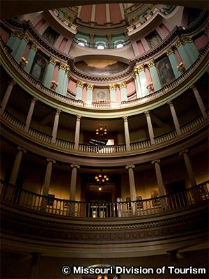 旧裁判所 Old Courthouse