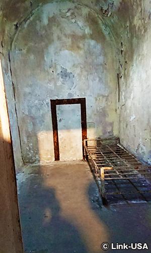 初めて独房というシステムを導入した刑務所