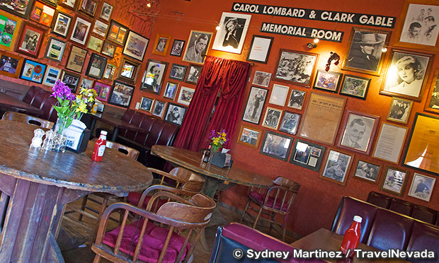 パイオニア・サルーン Pioneer Saloon