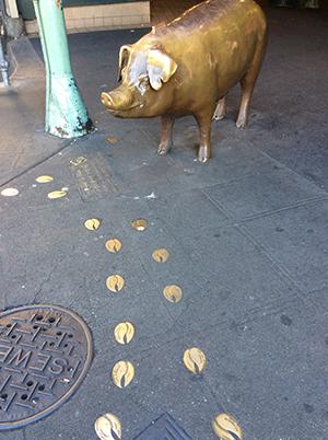 豚のレイチェル像 Rachel