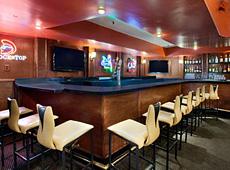 ラマダ サンディエゴ ノース ホテル & カンファレンスセンター