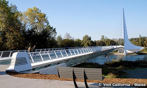 サンダイアル橋 Sundial Bridge