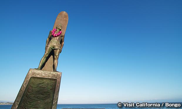Surfing_Sculpture-01