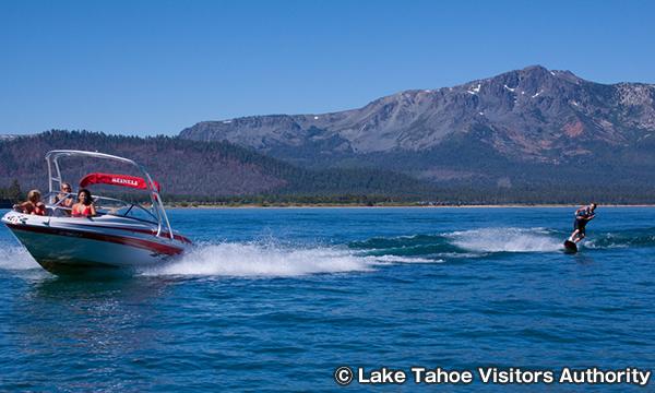 ウェイクボード 水上スキー