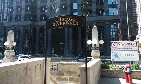 シカゴ リバーウォーク Chicago Riverwalk