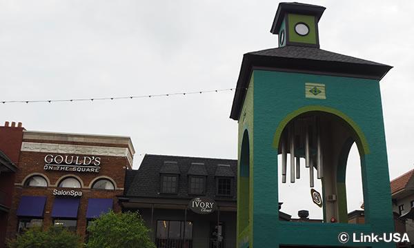 オーバートン・スクエアのアート The Art of Overton Square