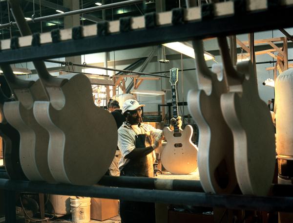 ギブソン メンフィス工場