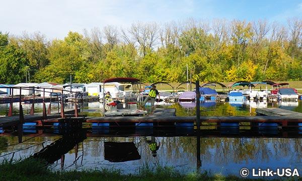 ボートの停泊所