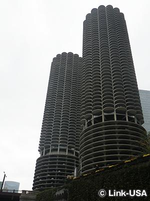 マリーナ・タワー