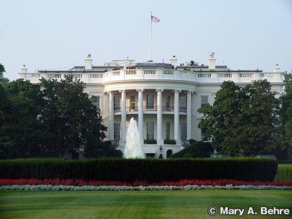 ホワイトハウス The White House